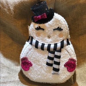 Betsey Johnson Bags - Betsey johnson crossbody snowgal bag w/tags